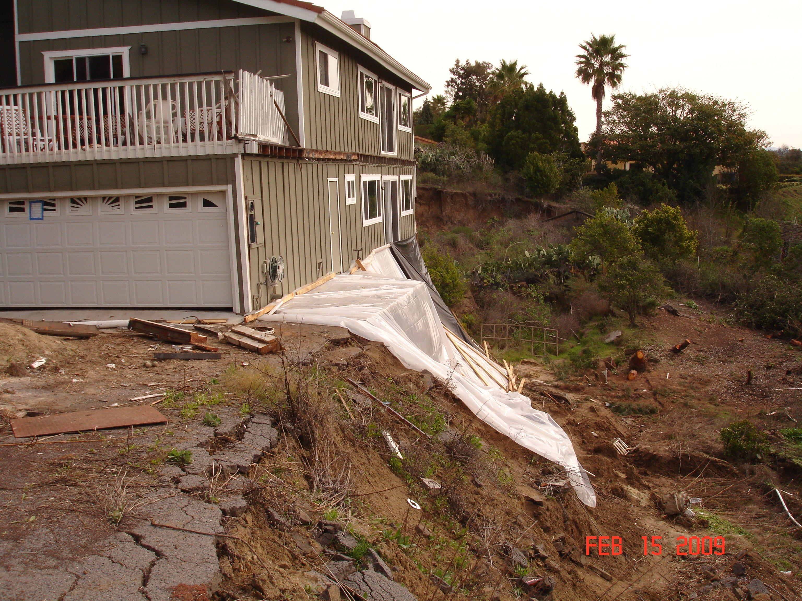 DSC03236-landslide